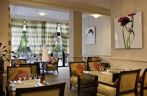 le Lounge-warwick Reine Astrid
